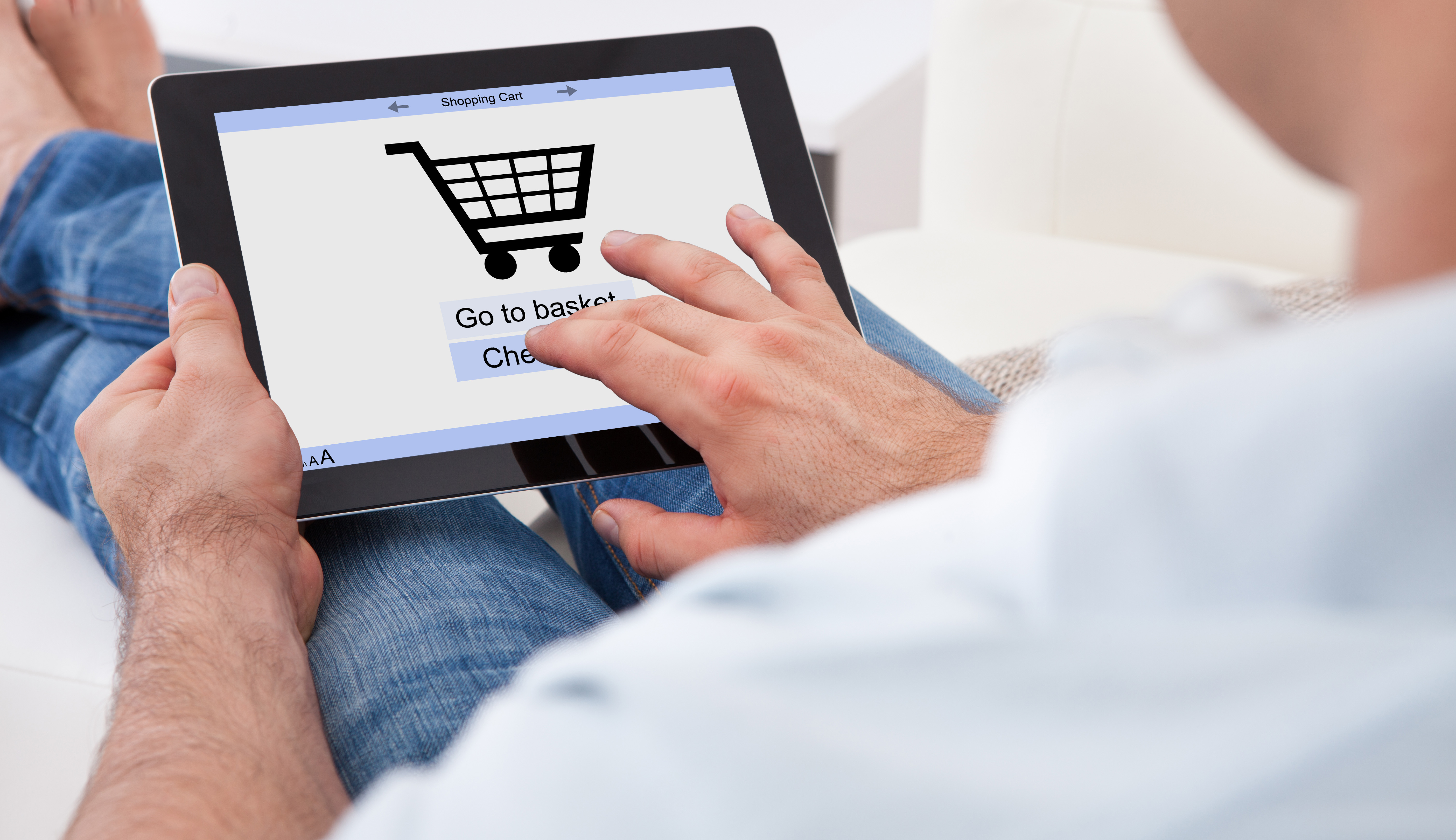 Web sees huge surge in overseas shoppers for UK retailers