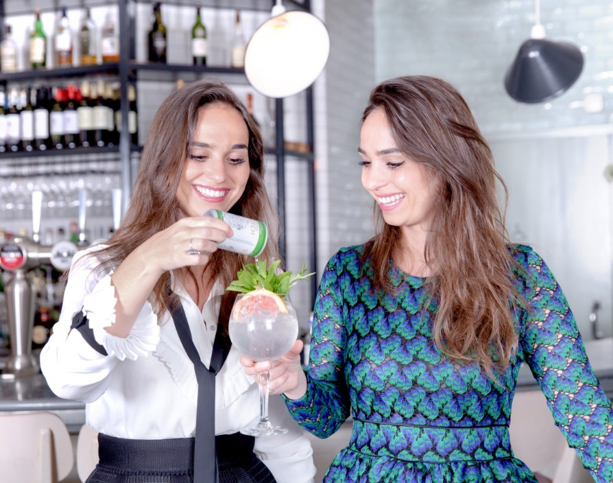 "Twin sisters of university start-up Double Dutch and speak about starting a business young and female: ""We had a lot of doors slammed in our face"""