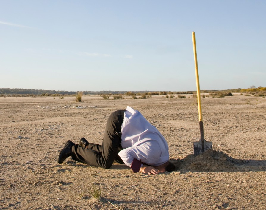 No need to stick your head in the sand – how to deal with contract disputes arising from Covid-19