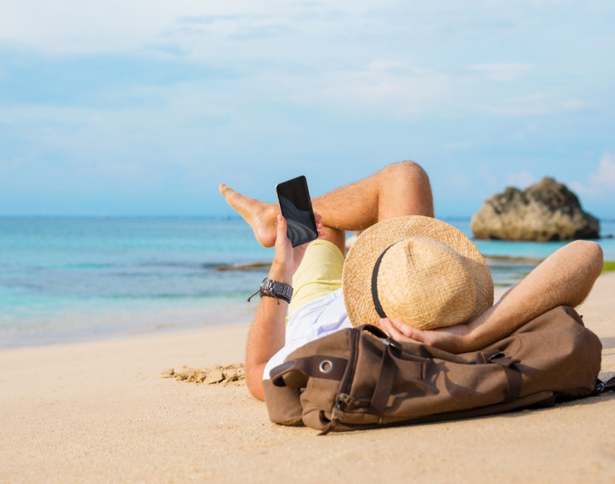 How small business owners can have a holiday, without neglecting their business